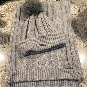 Authentic Michael Kors Women's Scarf/Hat Set